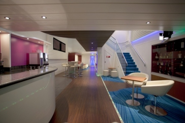 Norwegian Epic - Studio Lounge