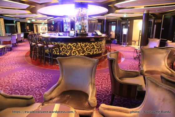 Celebrity Silhouette - Ensemble Lounge