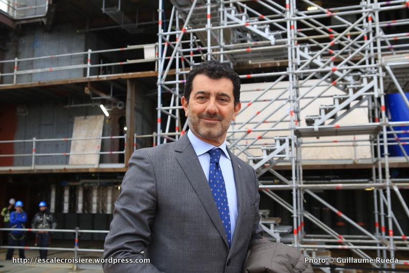2016-02-01 MSC Meraviglia - Saint Nazaire - pièce et signature de contrat - Gianni Onorato, le Président‐Directeur général