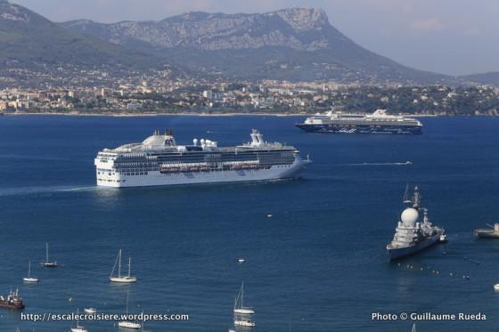 Mein Schiff 2 et Island Princess - Rade de Toulon