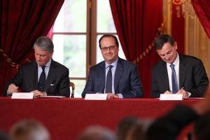 20160406 Signature World-Class Elysée - Gianluigi Aponte - François Hollande - Laurent Castaing