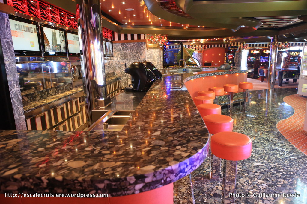 Costa Pacifica - Bar Sport Route 66