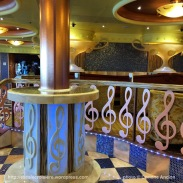 Costa Pacifica - décoration sur le thème de la musique - Bar à chocolat