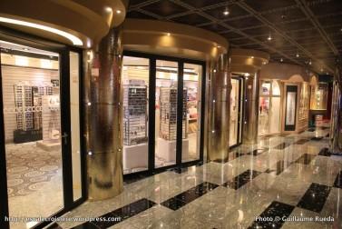 Costa pacifica blog escale croisi re for Galerie marchande casino