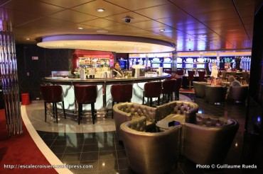 Harmony of the Seas - bar casino royal