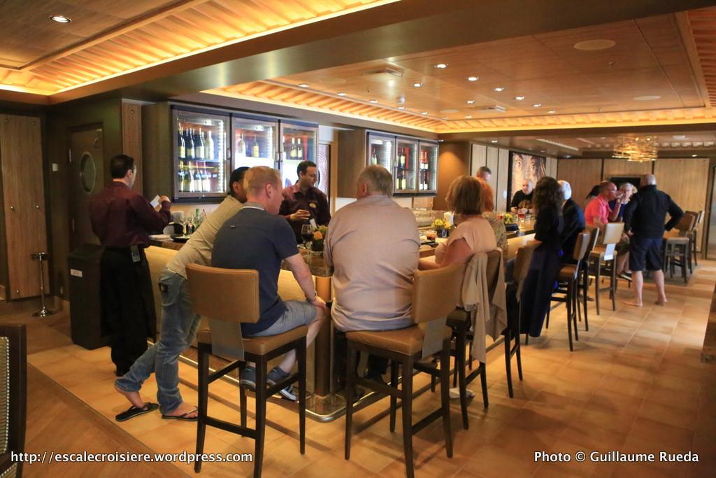 Harmony of the Seas - Vintages wine bar