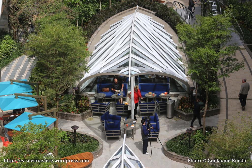 Harmony of the Seas - Central park - Park Café