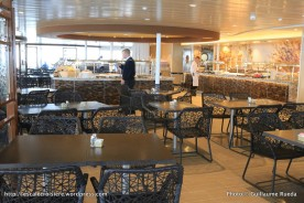 Harmony of the Seas - Solarium bistro