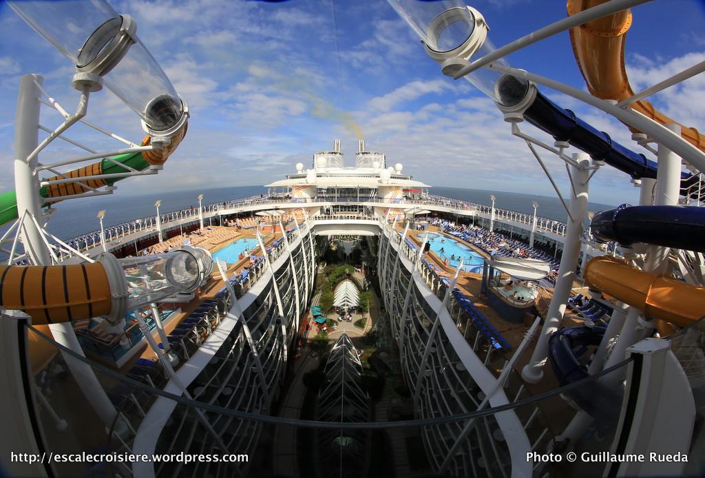 Harmony of the Seas - Toboggans - Perfect Storm