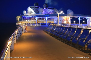 Harmony of the Seas by night - Ponts