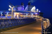 Harmony of the Seas by night - Ponts
