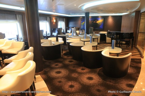 Seven Seas Navigator - Navigator Lounge