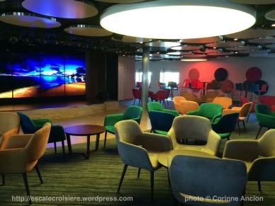 TUI Discovery - Live Room