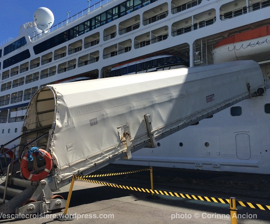 Sirena - Oceania - Embarquement