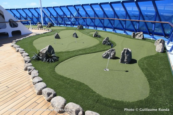 Sirena - Oceania - Golf putting green (3)