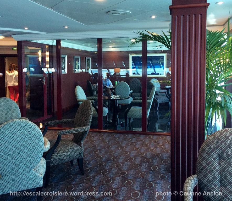 Sirena - Oceania - Horizon Lounge - Smoking Area