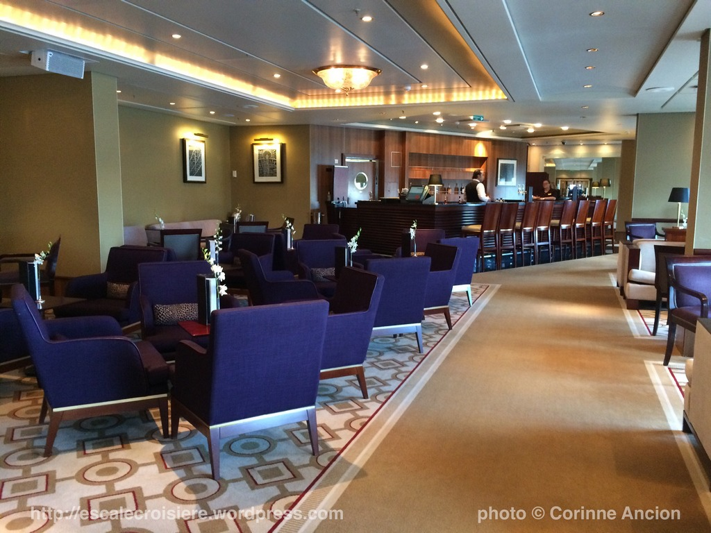 Queen Mary 2 - Grills Lounge 2016