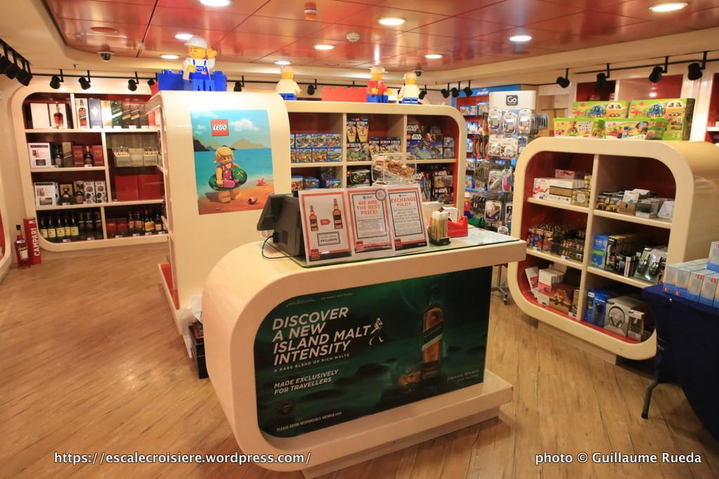 MSC Fantasia boutique - Duty free - Drugstore - pharmacie