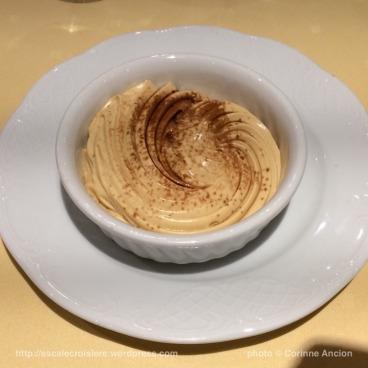 MSC Fantasia - restaurant - Mousse caramel