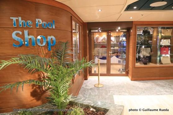 MSC Fantasia - The Pool shop