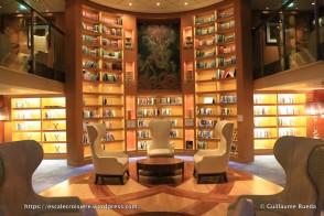 Celebrity Equinox - Bibliothèque et salon