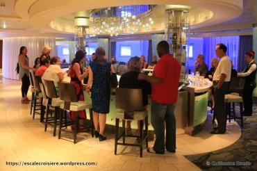 Celebrity Equinox - Martini bar & Crush
