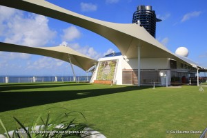 Celebrity Equinox - Pelouse The Lawn Club