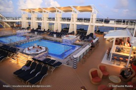 Celebrity Equinox - Pool bar