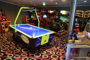 Celebrity Equinox - Vidéos Arcade - Jeux d'arcades