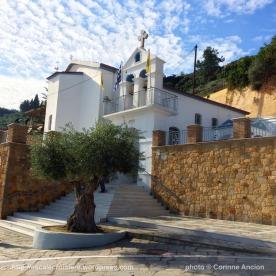 Escale à Katakolon - Eglise et monument