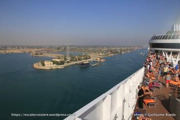 Traversée du Canal de Suez - Ismailia - entrée dans le lac Timsah