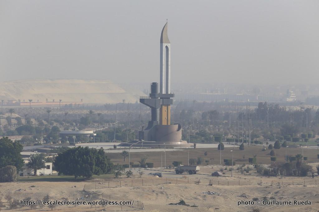 Traversée du Canal de Suez - mémorial de la guerre des 6 jours