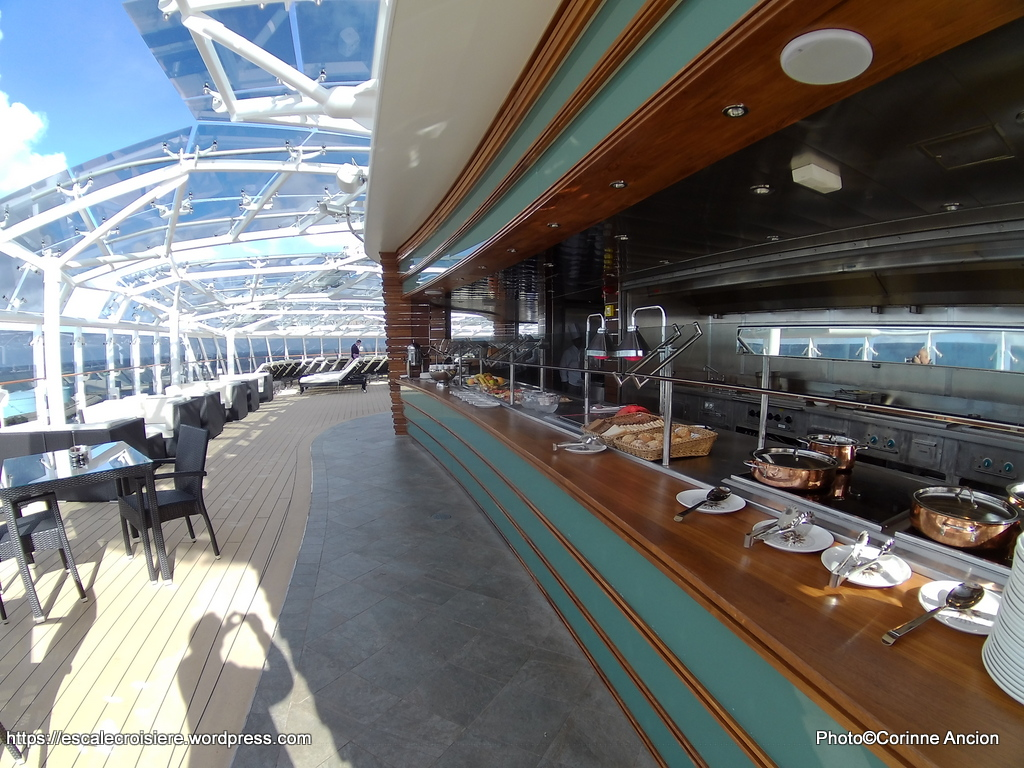 msc meraviglia msc yacht club sundeck bar blog escale croisi re. Black Bedroom Furniture Sets. Home Design Ideas