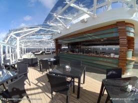 MSC Meraviglia - MSC Yacht club sundeck &bar