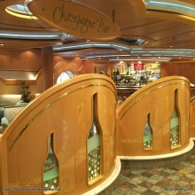 Independence of the Seas - Champagne bar