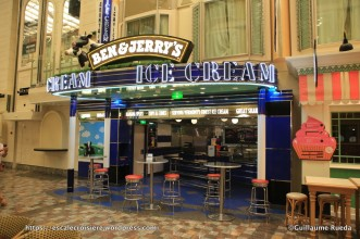 Independence of the Seas - Royal Promenade - Ben & Jerry's