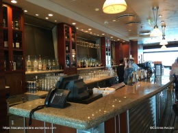 Independence of the Seas - The Plaza bar