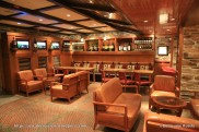 Independence of the Seas - Vintage bar
