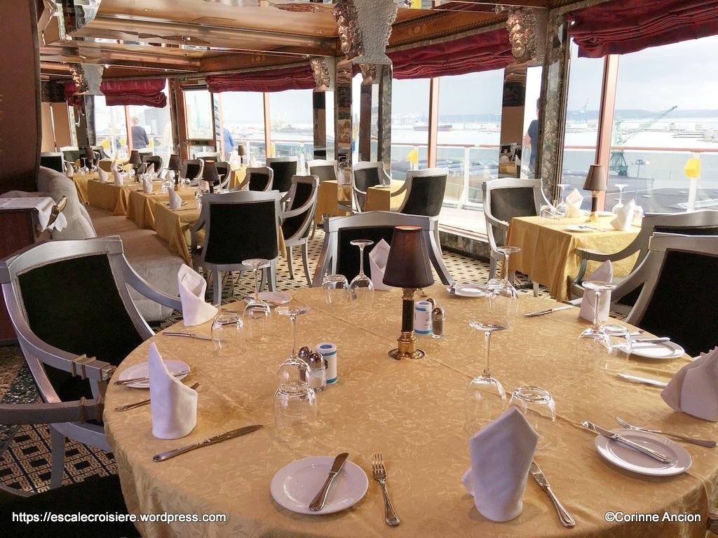Costa Mediterranea - Restaurant Club Medusa