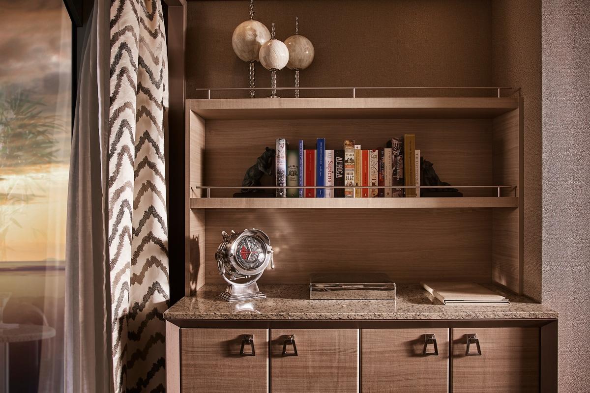 Silver Muse - Balsorano Suite - Bibliothèque - Owner's suite
