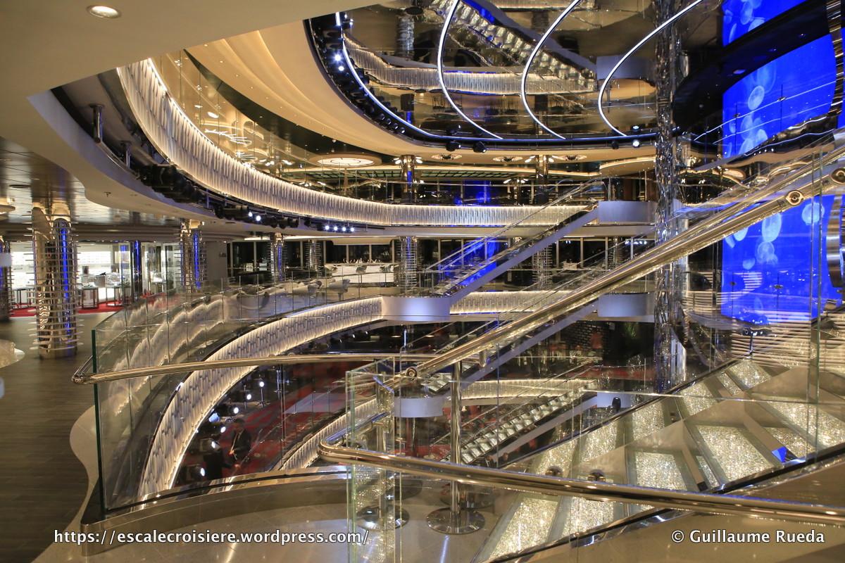 MSC Seaside - Atrium