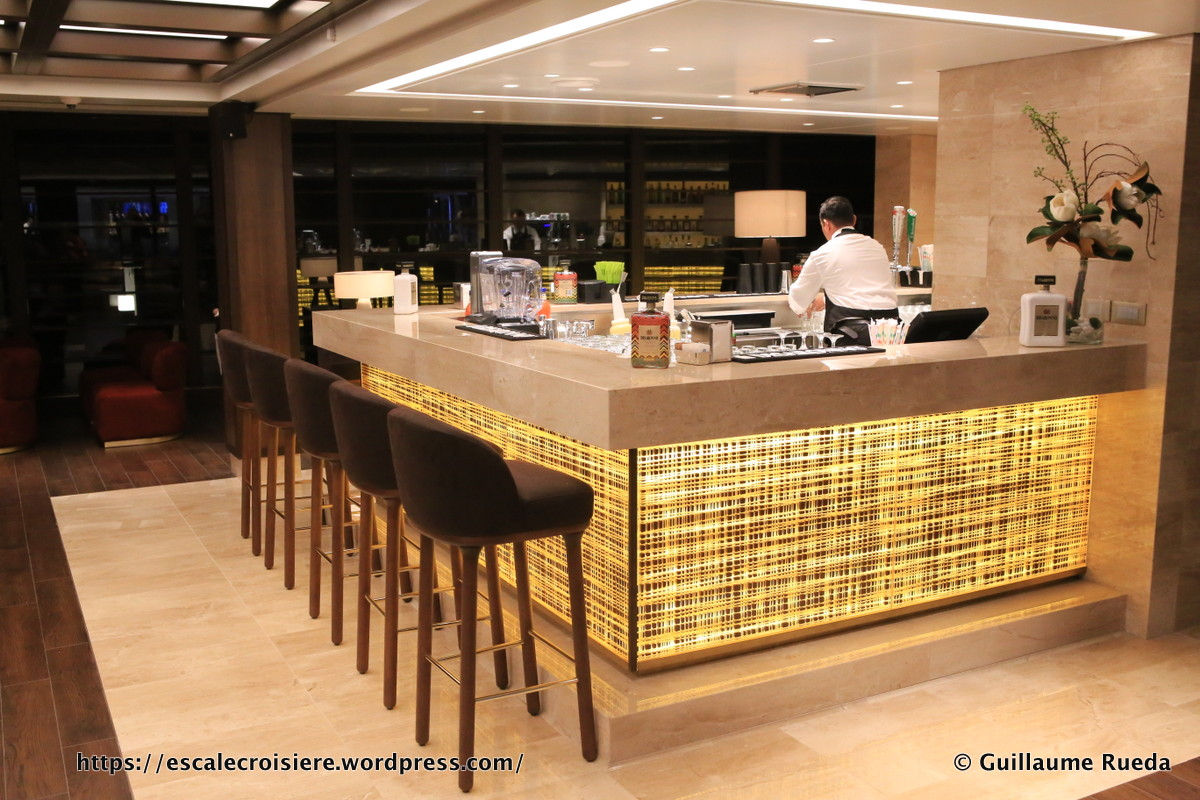 MSC Seaside - News Café