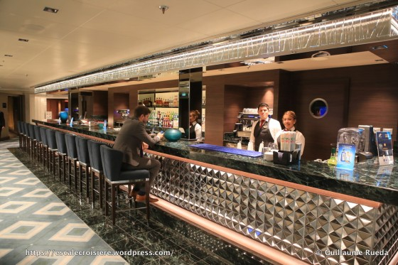 MSC Seaside - Wine and cocktail bar
