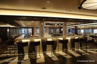 Norwegian Bliss - A list bar