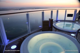 Norwegian Bliss - Jacuzzis