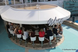 Norwegian Bliss - Wave bar