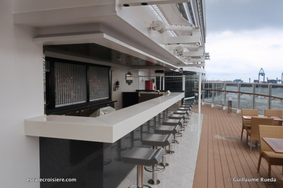 MSC Seaview - Bar pont 8