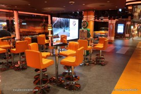 MSC Seaview - Garage Club bar (2)