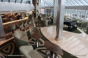 MSC Seaview - Top Sail Lounge