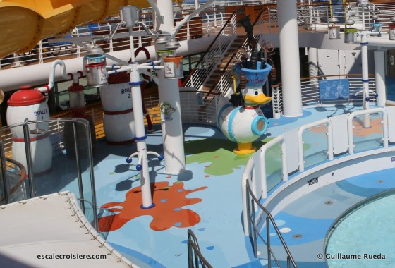 Disney Magic - Piscine Nephews'Splash Zone